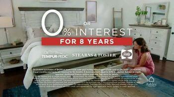 Ashley HomeStore Presidents Day Mattress Sale TV Spot, 'Final Days: Adjustable Mattress Sets' - Thumbnail 8