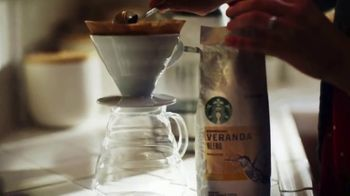Starbucks Veranda Blend TV Spot, 'A Great Day in the Making: Dog Walker' - Thumbnail 5
