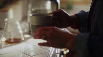 Starbucks Veranda Blend TV Spot, 'A Great Day in the Making: Dog Walker' - Thumbnail 7