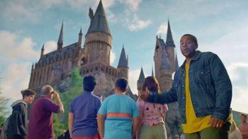 Universal Parks & Resorts TV Spot, 'Let Yourself Woah' Featuring Kenan Thompson - Thumbnail 3