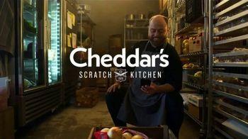 Cheddar's Scratch Kitchen TV Spot, 'Messages: Salmon and Croissants' - Thumbnail 1