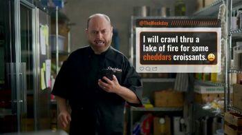 Cheddar's Scratch Kitchen TV Spot, 'Messages: Salmon and Croissants' - Thumbnail 7