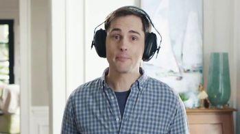 Kidde United Technologies TV Spot, 'Beat the Beep: Headphones' - Thumbnail 5