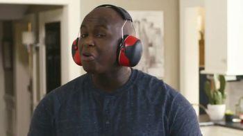 Kidde United Technologies TV Spot, 'Beat the Beep: Headphones' - Thumbnail 6