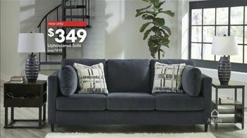 Ashley HomeStore Presidents Day Sale TV Spot, 'Final Days: Upholstered Sofa' Song by Midnight Riot - Thumbnail 6