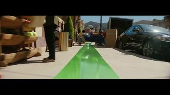 Fidelity Investments TV Spot, 'On the Right Path' Song by The Kinks - Thumbnail 4