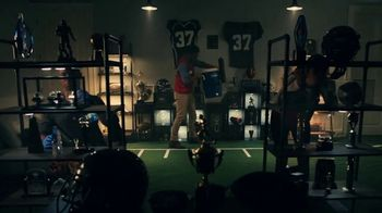 Lowe's TV Spot, 'Rod Pod: Drill or Driver' Featuring Kurt Warner - Thumbnail 4
