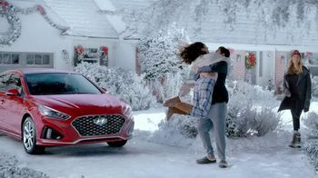 Hyundai Holidays Sales Event TV Spot, 'No Gift Receipt Required' [T2] - 1014 commercial airings