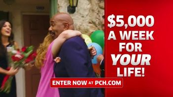 Publishers Clearing House TV Spot, '$5,000 a Week: It's Like That' Featuring Steve Harvey - Thumbnail 4