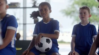 Hilton Hotels Worldwide App TV Spot, 'Soccer Team' Featuring Anna Kendrick