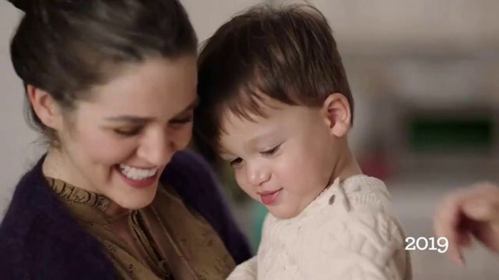 Daisy Sour Cream TV Commercial, 'Holidays: Dollops for Generations'