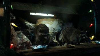 GEICO TV Spot, 'Raccoons Sequel: Food Truck' - Thumbnail 8