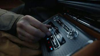 2020 Lincoln Aviator TV Spot, 'Warm Escape' Featuring Matthew McConaughey [T1] - Thumbnail 1