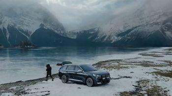 2020 Lincoln Aviator TV Spot, 'Warm Escape' Featuring Matthew McConaughey [T1] - Thumbnail 10