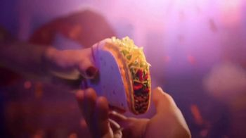 Taco Bell $1 Double Stacked Tacos TV Spot, 'Big Show' - Thumbnail 4