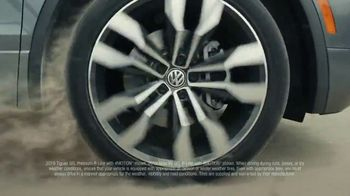 Volkswagen Sign Then Drive Event TV Spot, 'Road Conditions' [T2] - Thumbnail 3