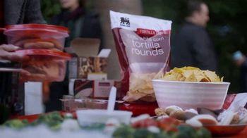 Food Lion, LLC TV Spot, 'Family' - Thumbnail 6