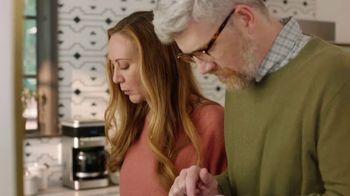 XFINITY xFi TV Spot, 'Family Heirloom' Featuring Amy Poehler - Thumbnail 1