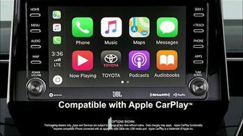 Toyota RAV4 TV Spot, 'Road Trip: Ethan's Playlist' Feat. Danielle Demski, Ethan Erickson [T2] - Thumbnail 7