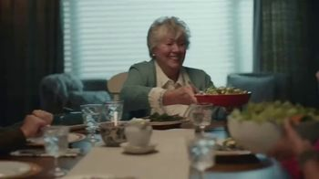 Pillsbury Crescent Rolls TV Spot, 'Holiday Family Time' - Thumbnail 1