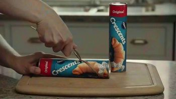 Pillsbury Crescent Rolls TV Spot, 'Holiday Family Time' - Thumbnail 3