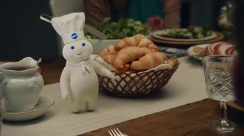 Pillsbury Crescent Rolls TV Spot, 'Holiday Family Time' - Thumbnail 9