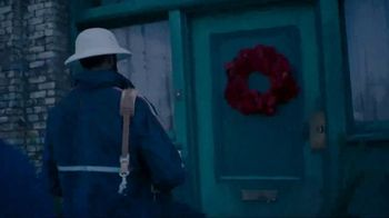 USPS TV Spot, 'Bringing the Holidays Home' Song by Perry Como - Thumbnail 6