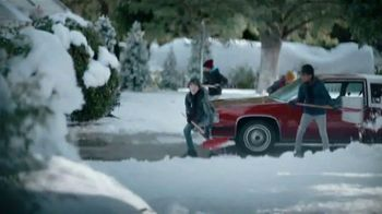 JCPenney TV Spot, 'Little Things: Snow Shoveling' - Thumbnail 7