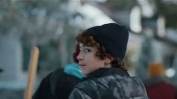 JCPenney TV Spot, 'Little Things: Snow Shoveling' - Thumbnail 8