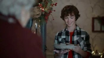 JCPenney TV Spot, 'Little Things: Cookies' - Thumbnail 9