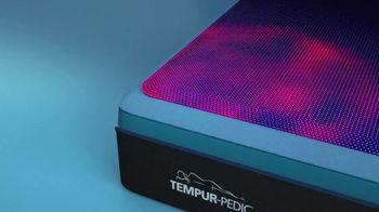 Tempur-Pedic Fall Savings Event TV Spot, 'No More Hot Sleep' - Thumbnail 5