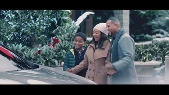Lexus December to Remember TV Spot, 'The Bow Caper' [T2]