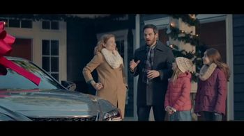 Lexus December to Remember Sales Event TV Spot, 'The Bow Shuffle' [T2]
