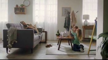Ricola Cool Relief TV Spot, 'Snow Glitter'