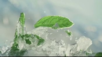 Ricola Cool Relief TV Spot, 'Snow Glitter' - Thumbnail 7