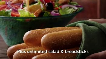 Olive Garden Never Ending Pasta Bowl TV Spot, 'Hurry In: It's All Never Ending' - Thumbnail 6