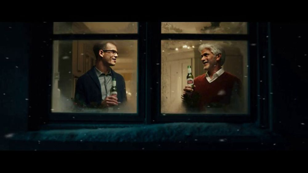 Stella Artois TV Commercial, 'Holidays: Moments Worth Making' Song by Aaron Espe