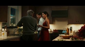 Stella Artois TV Spot, 'Holidays: Moments Worth Making' Song by Aaron Espe - Thumbnail 6