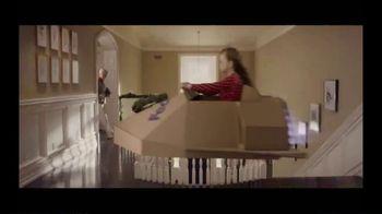 FedEx TV Spot, '2019 Holidays: Cardboard Box' - Thumbnail 7