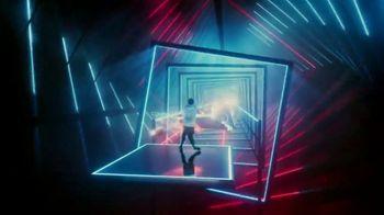 Oculus Quest TV Spot, 'Defy Reality: Beat Saber' Featuring Eric Wareheim - Thumbnail 7