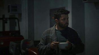 Progressive TV Spot, 'Baker Mayfield Eats Breakfast' - Thumbnail 6