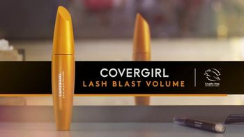CoverGirl LashBlast Mascara TV Spot, 'I Am What I Make' Featuring Shelina Moreda, Song by Peaches - Thumbnail 10