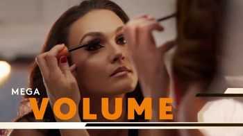CoverGirl LashBlast Mascara TV Spot, 'I Am What I Make' Featuring Shelina Moreda, Song by Peaches - Thumbnail 7