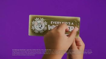 Chuck E. Cheese's TV Spot, 'This Holiday Every Kid's a Winner: Instant Win Game Piece' - Thumbnail 4