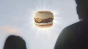 Dunkin' Beyond Sausage Sandwich TV Spot, 'Looks Delicious' - Thumbnail 3