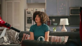 Grubhub TV Spot, 'Perks: Taco Bell: Free Delivery on Your First Order' Song by Lizzo - Thumbnail 10