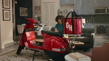 Grubhub TV Spot, 'Perks: Taco Bell: Free Delivery on Your First Order' Song by Lizzo - Thumbnail 9