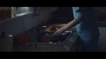 Hobby Lobby TV Spot, 'Christmas Is What You Make It' - Thumbnail 3