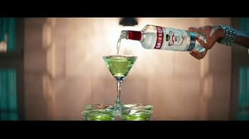 Smirnoff No. 21 Vodka TV Spot, 'Tree Topping' Featuring Laverne Cox, Song by Ella Fitzgerald - Thumbnail 1