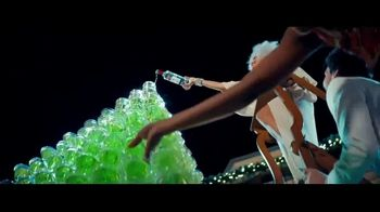 Smirnoff No. 21 Vodka TV Spot, 'Tree Topping' Featuring Laverne Cox, Song by Ella Fitzgerald - Thumbnail 4